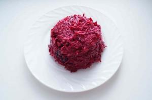 свекольный салат с черносливом рецепт