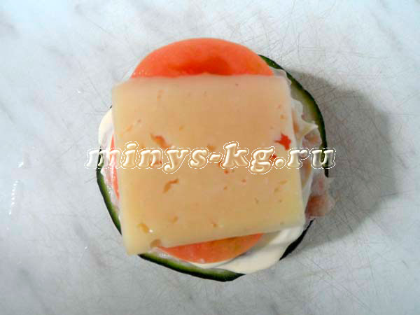 помидоры с сыром