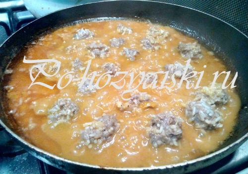 ежики с рисом в сковороде