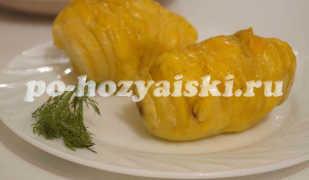 Запеченная картошка веером в духовке с сырной начинкой