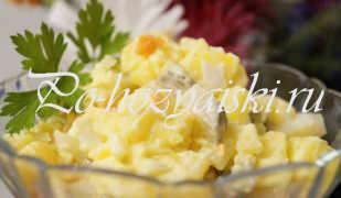Деревенский салат из яиц, соленых огурцов и картофеля — рецепты с фото