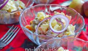 Очень простой салат с картофелем и горошком
