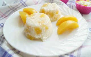 Диетический десерт из творога с персиками