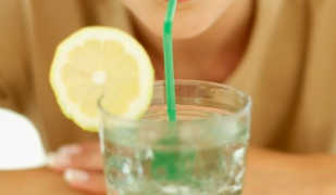 Можно ли похудеть, если пить много воды