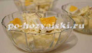 Немецкий картофельный салат с солеными огурцами