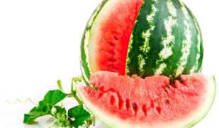 Калорийность арбуза: можно ли есть эту ягоду при диете