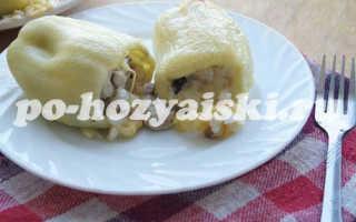 Перец фаршированный курицей и грибами в духовке