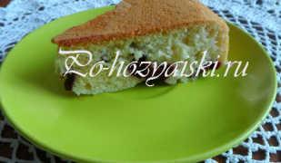 Рецепт простого пирога с консервированной вишней