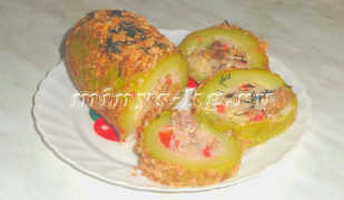 Кабачки фаршированные мясом и рисом