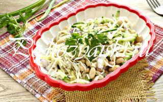 Салат с белокочанной капустой и фасолью консервированной