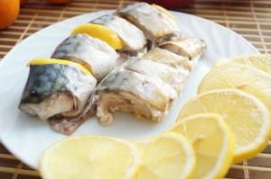 скумбрия в фольге с лимоном
