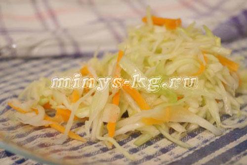 салат с капустой, морковью и с уксусом