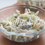 Как приготовить салат с капустой, огурцом и крабовыми палочками